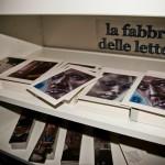 La Fabbrica delle Lettere, mostra del progetto Alephactory, presso la Biblioteca Nazionale del Palazzo Reale di Napoli, allestimento