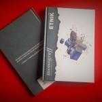 """""""Monograff"""" è una graphic novel d'artistata. Il primo numero è dedicato allo street artista Etnik ed è stato realizzato in collaborazione con BookMaker Comics"""