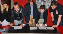 Firma del Memorandum of Understanding sulla Street Art tra Ines Machado, responsabile della GAU Galeria de Arte Urbana del settore Patrimonio della Città di Lisbona, Luca Borriello, direttore ricerca INWARD Osservatorio sulla Creatività Urbana, Igor Ponosov, street artista, curatore e direttore del programma The Wall presso il WINZAVOD Centre for Contemporary Art di Mosca, Thomas Menjou, street artista e capo dell'organizzazione internazionale londinese di promozione di graffiti writers Ground Release e Jochem Cats, street artista e operatore della Stichting Aight e della Haags Graffiti Platform de L'Aja (2012)