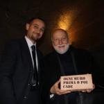 """""""Ogni Muro Prima o poi Cade"""", consegna a Domenico De Masi"""