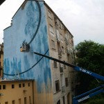Work in progress di ''Blu Cerebrale'', l'opera realizzata da Corn79 a Torino per Ceres