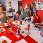 Una giornata di laboratorio al Centro Territoriale per la Creatività Urbana, insieme ai nostri partner internazionali in veste di tutor per i ragazzi di Napoli Est: Jochem Cats (Olanda), Cedric Lascours (Francia), Ines Machado (Portogallo).