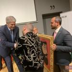Operazione Don Pedro: onsegna all'Ambasciatore di Spagna in Italia S. E. Alfonso Dastis con lo street artista Iabo e Luca Borriello, direttore ricerca Inward